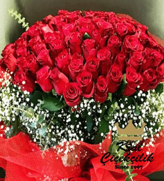 101 güllü muhteşem buket Aşk Sevgi Mutluluk.. Bırakın Sevginizi Bu Çiçekler Sevdiğinize Rahatlıkla İfade Etsin 101 Gül Kırmızı Aşk Gülleri Buketi